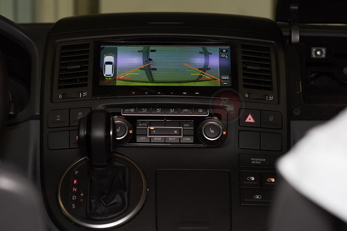 RedPower 31142 IPS в Volkswagen Multivan 2014 г. парковочные линии