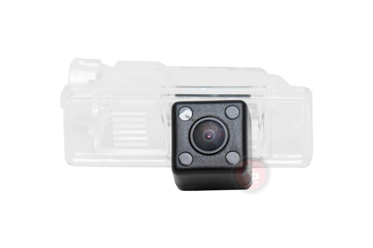 Камера заднего хода BEN008