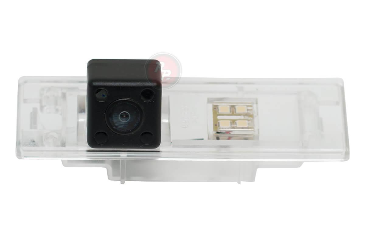 Камера заднего хода BMW323