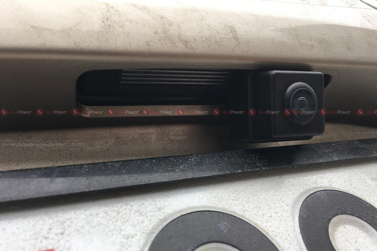 Установка камера на автомобиль Тойота Камри В40