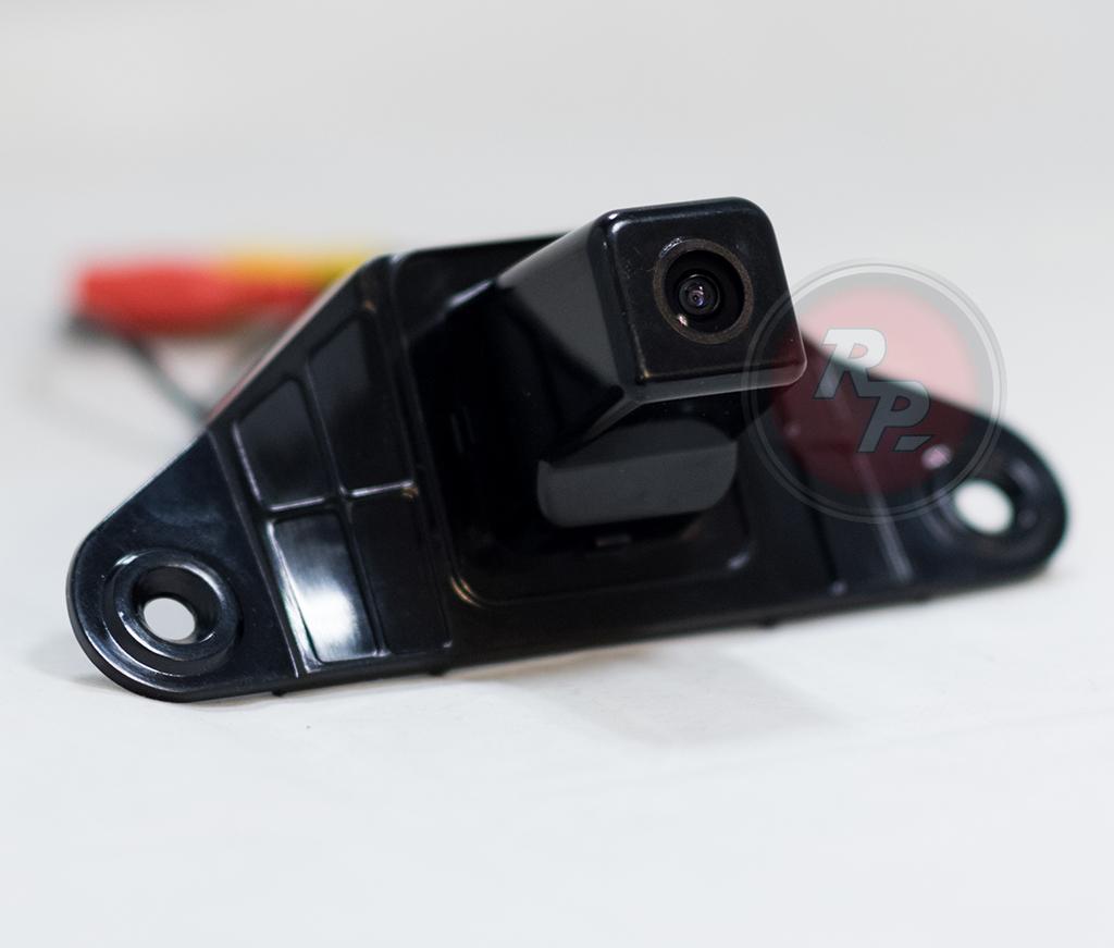 Камера заднего хода для Тойота Прадо 150
