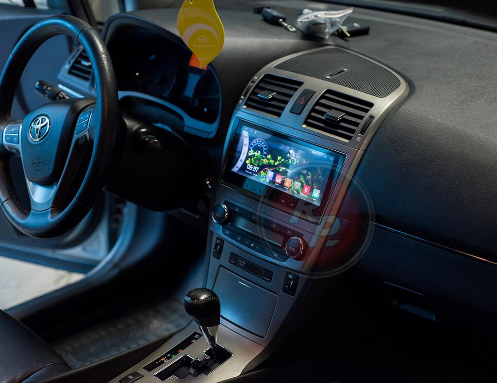 Магнитола для Toyota Avensis