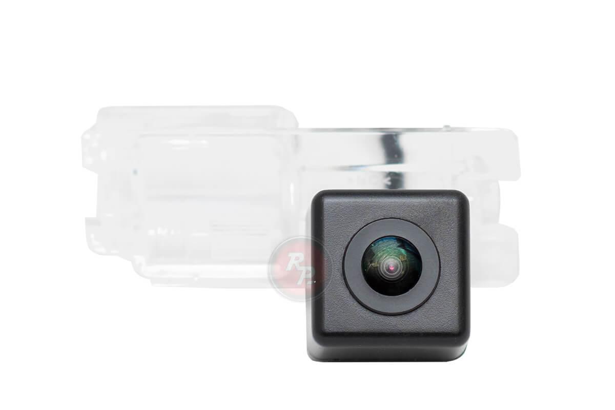 Камера заднего вида FOD234P Premium HD 720P