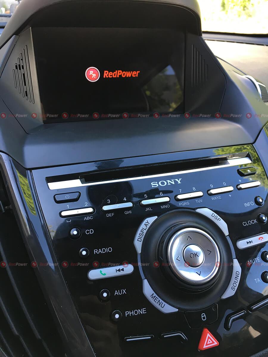 Установка магнитолы RedPower 31151 IPS DSP на автомобиль Форд Куга
