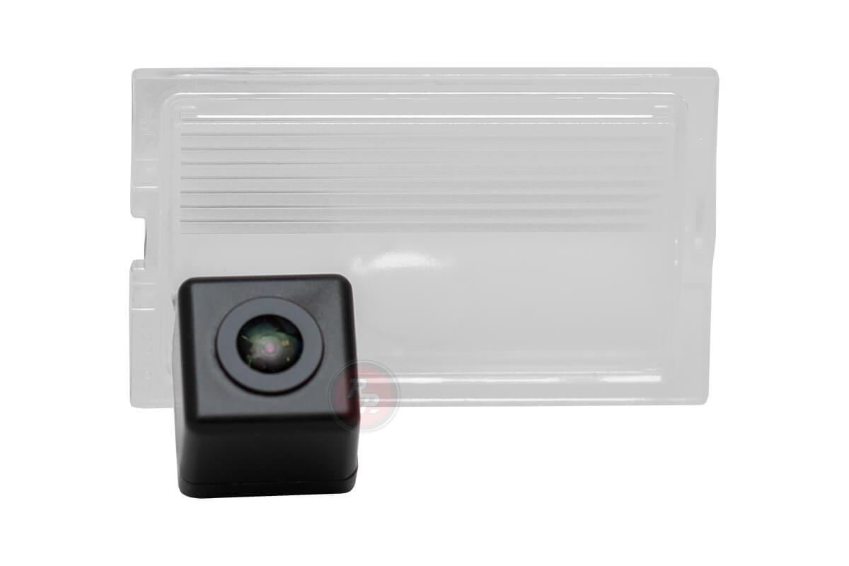 Камера заднего вида LAR077P Premium HD 720P