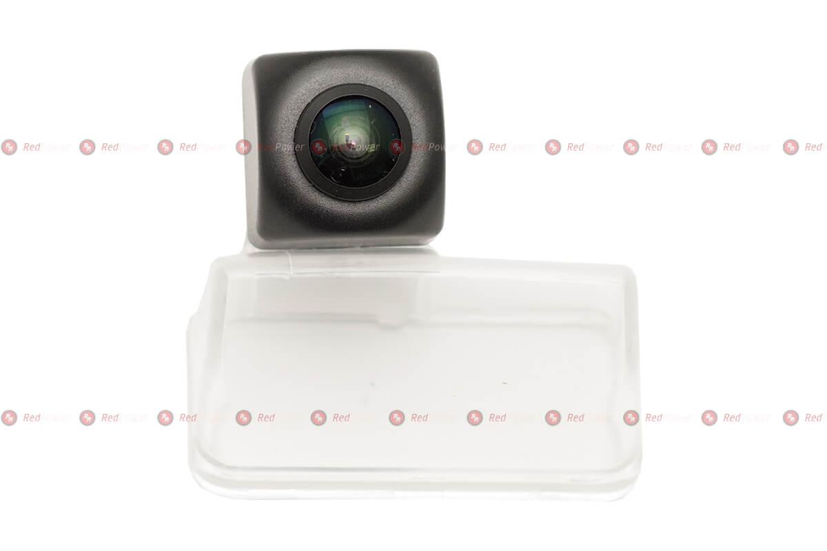 Камера заднего вида PEGT228P Premium HD 720P